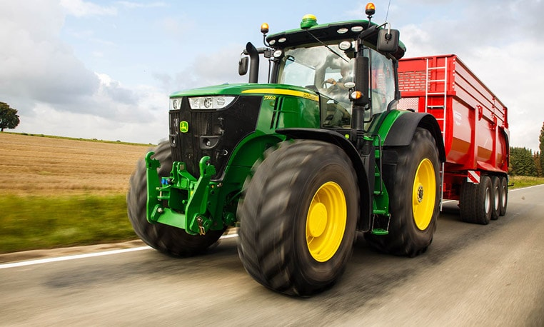 John Deere R Series Tractors : Innovation you can feel wherever work takes