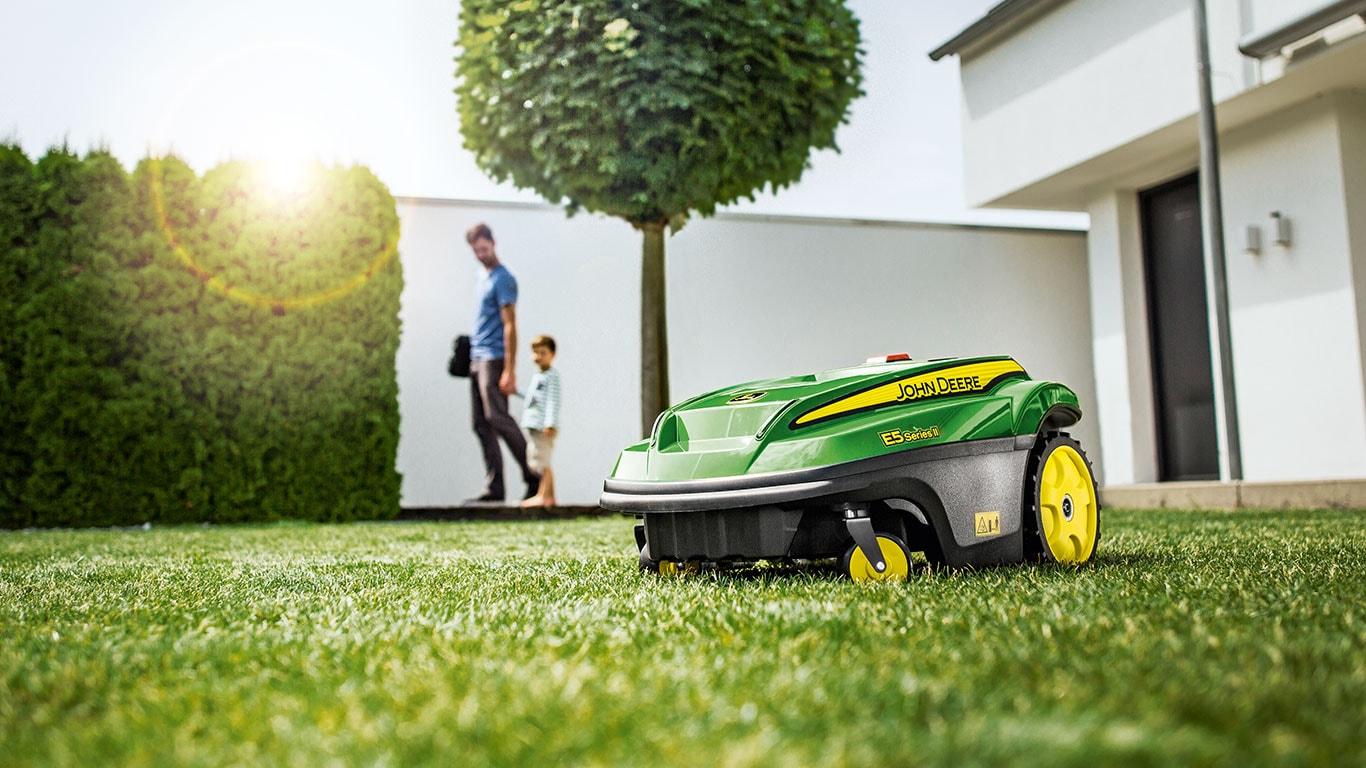 Tango E5 Series II, Autonomous Robotic Mowers
