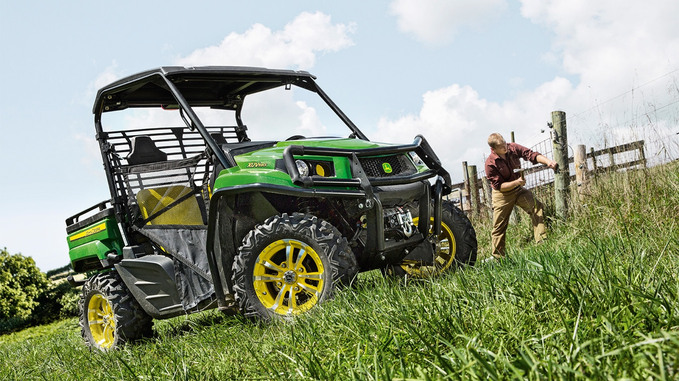 John Deere's new XUV 590i Gator utility vehicle can also be seen at SALTEX 2016