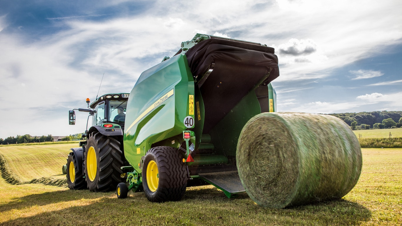 The latest John Deere round baler line-up offers every customer the most  suitable machine