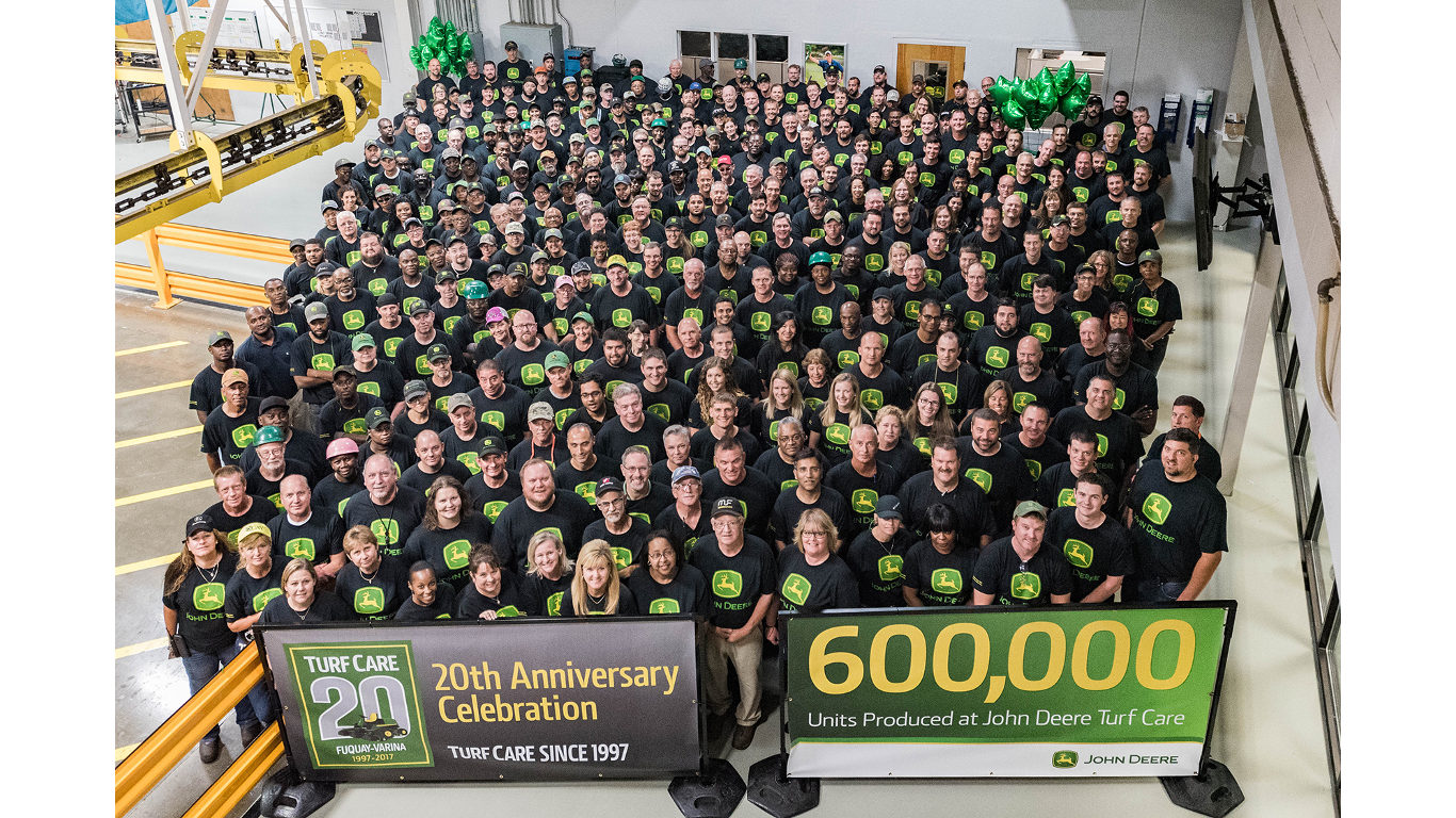 John Deere celebrated the 20th anniversary of its Turf Care manufacturing facility at Fuquay-Varina, North Carolina in the US last month.