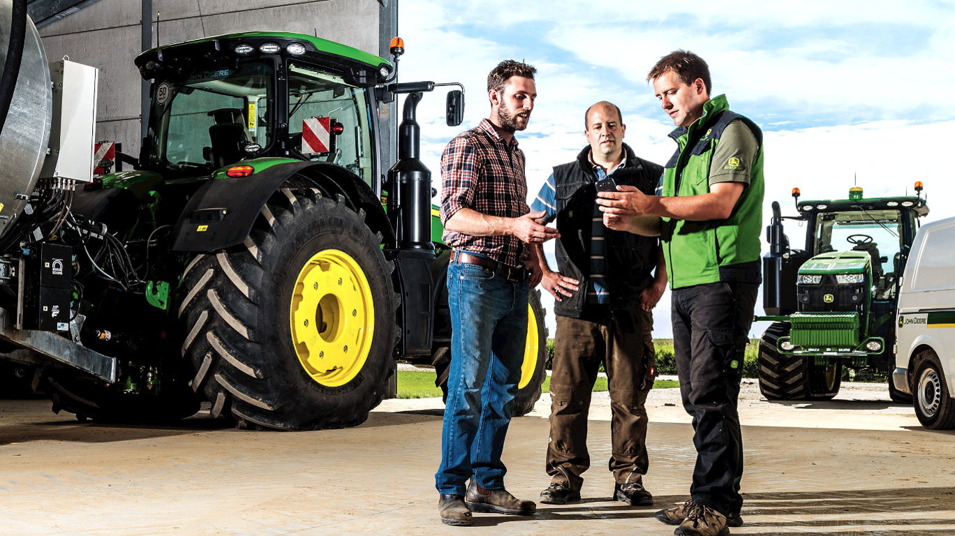 John Deere Connected Support will be demonstrated at the NAAC Contractor 2017 event on the East of England Showground, Peterborough this December.