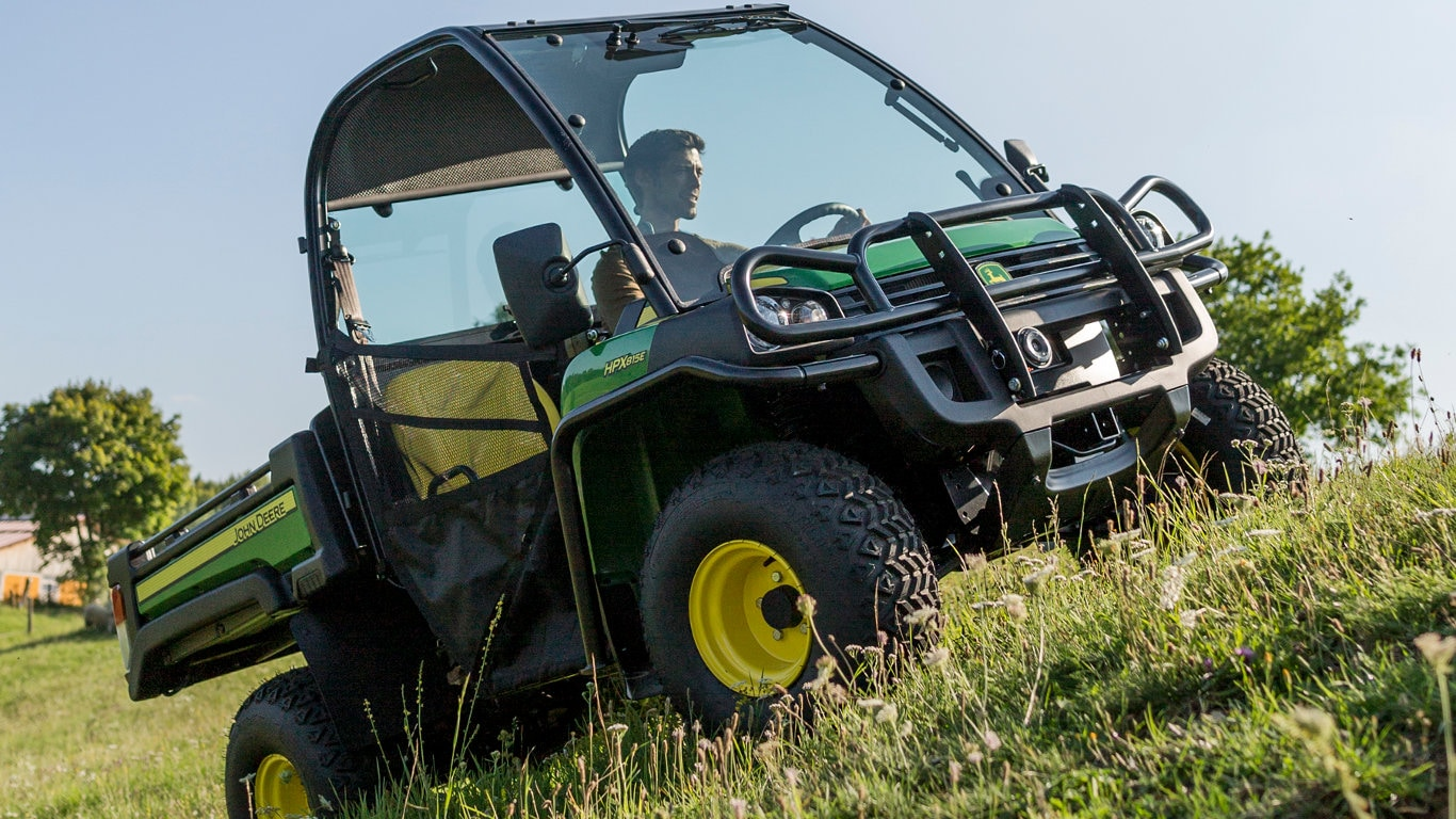 John Deere's new HPX 815E Gator utility vehicle offers true on-demand four wheel drive at speeds of up to 25mph.