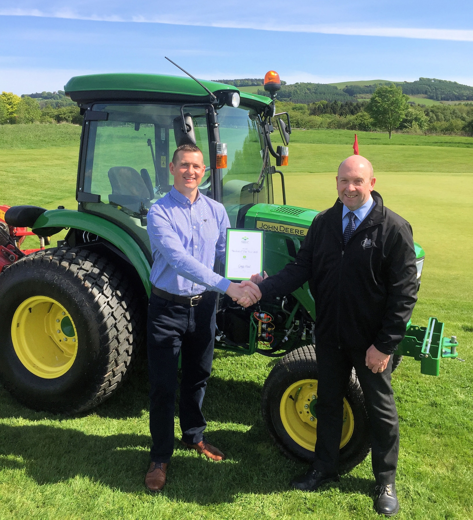 Gregg Hood wins 2018 greenkeeping award
