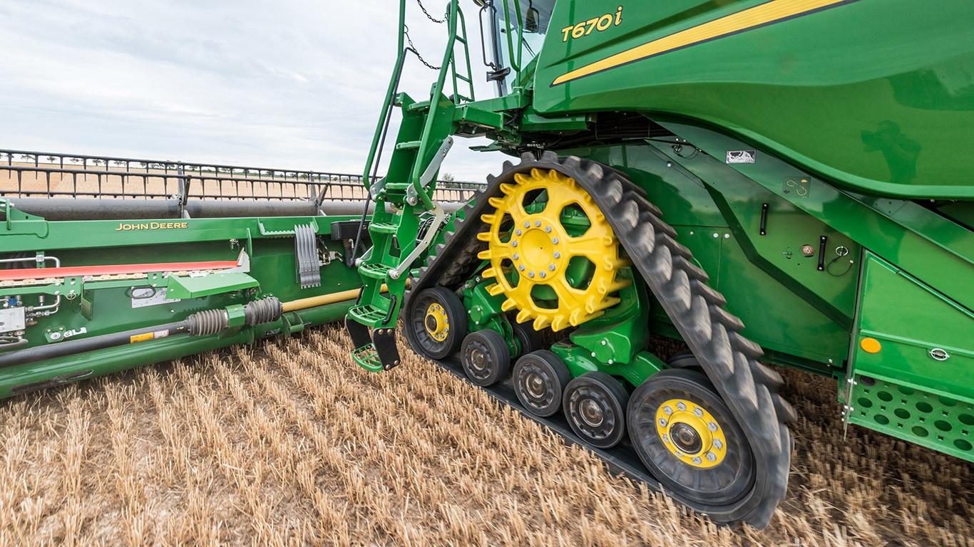 T560 | T Series | Combines | John Deere UK & IE