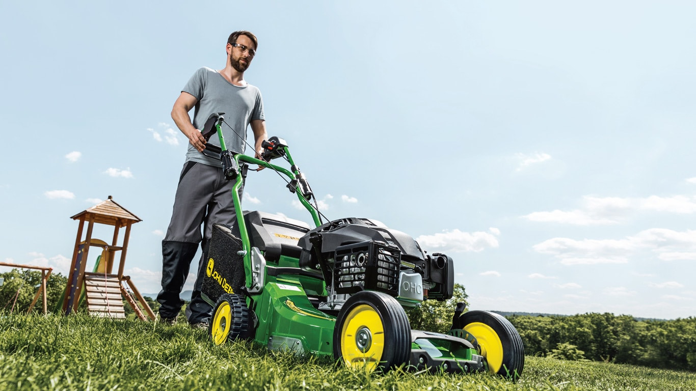 Commercial Lawn Mowers & Grounds Care | John Deere UK & IE