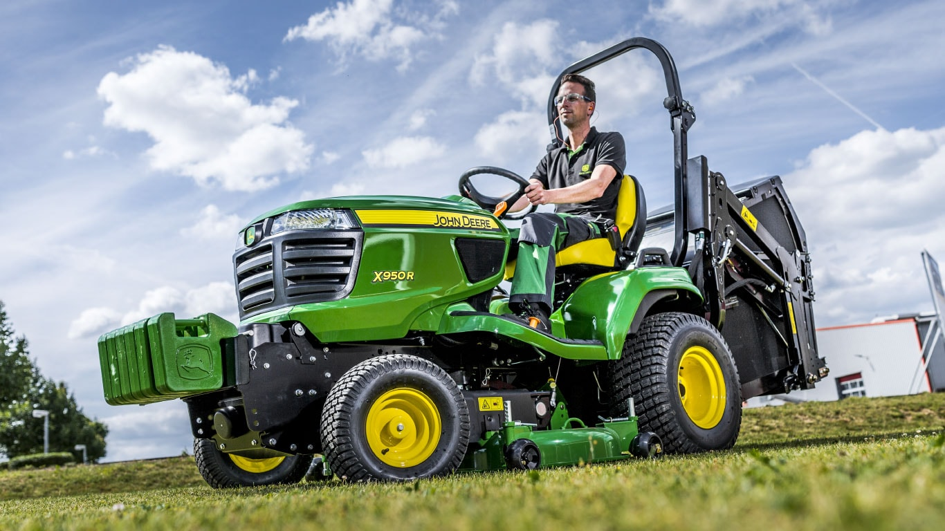 John Deere Diesel Mowing Tractors Experience the new face of performance