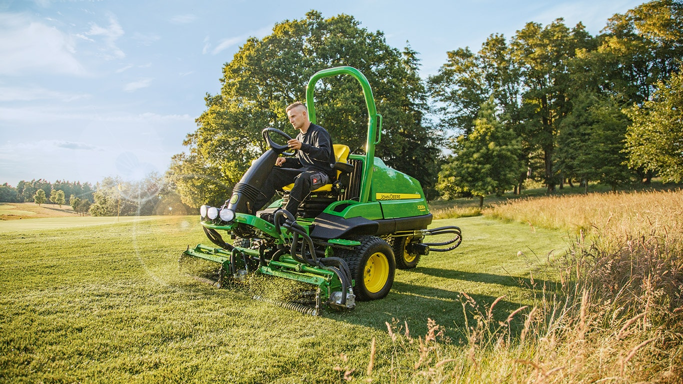 7200A, Golf Mowers, Trim and Surrounds Mowers, Commercial Mowing