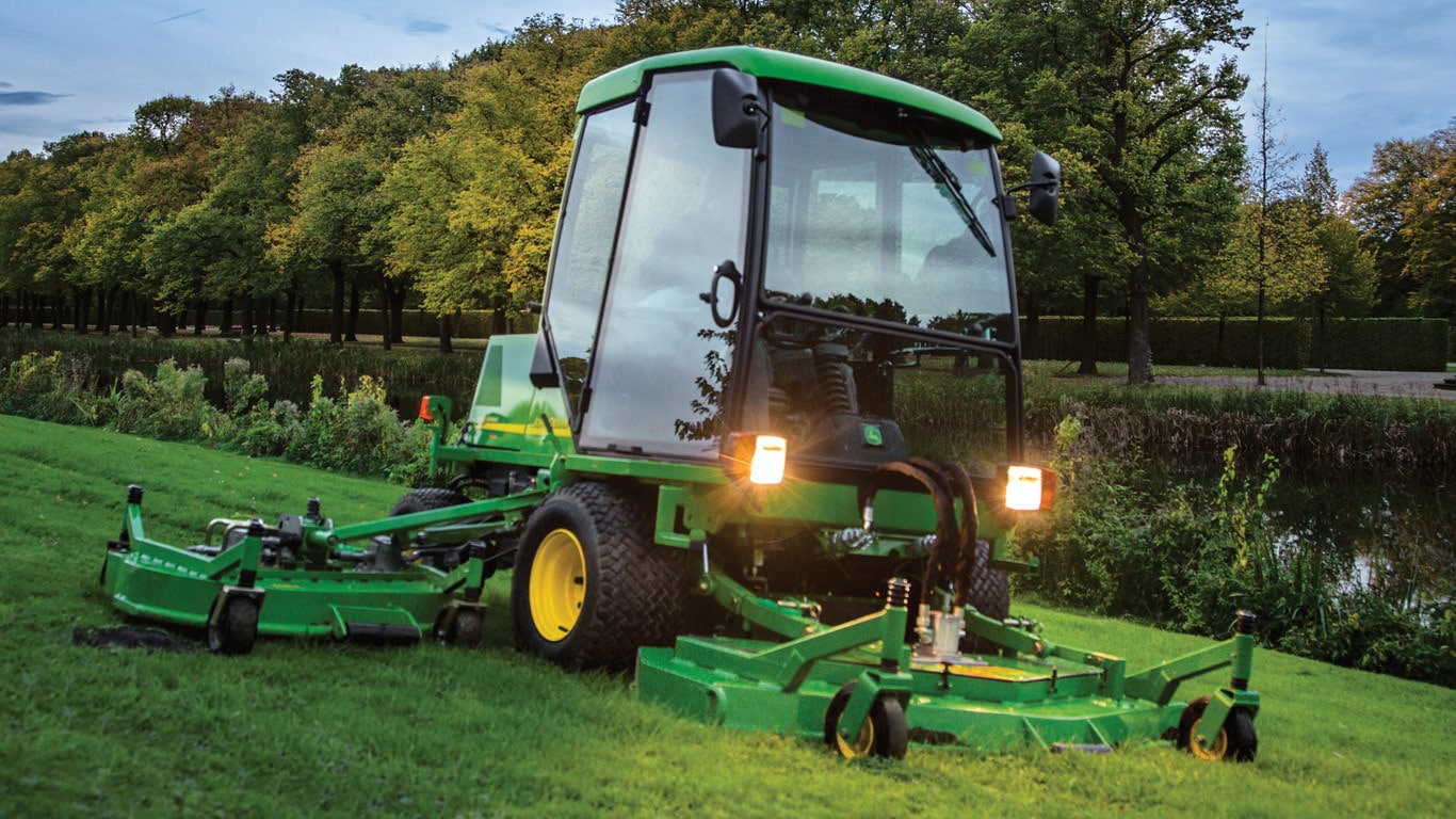 The 1505 and 1515 high performance rotary mowers.