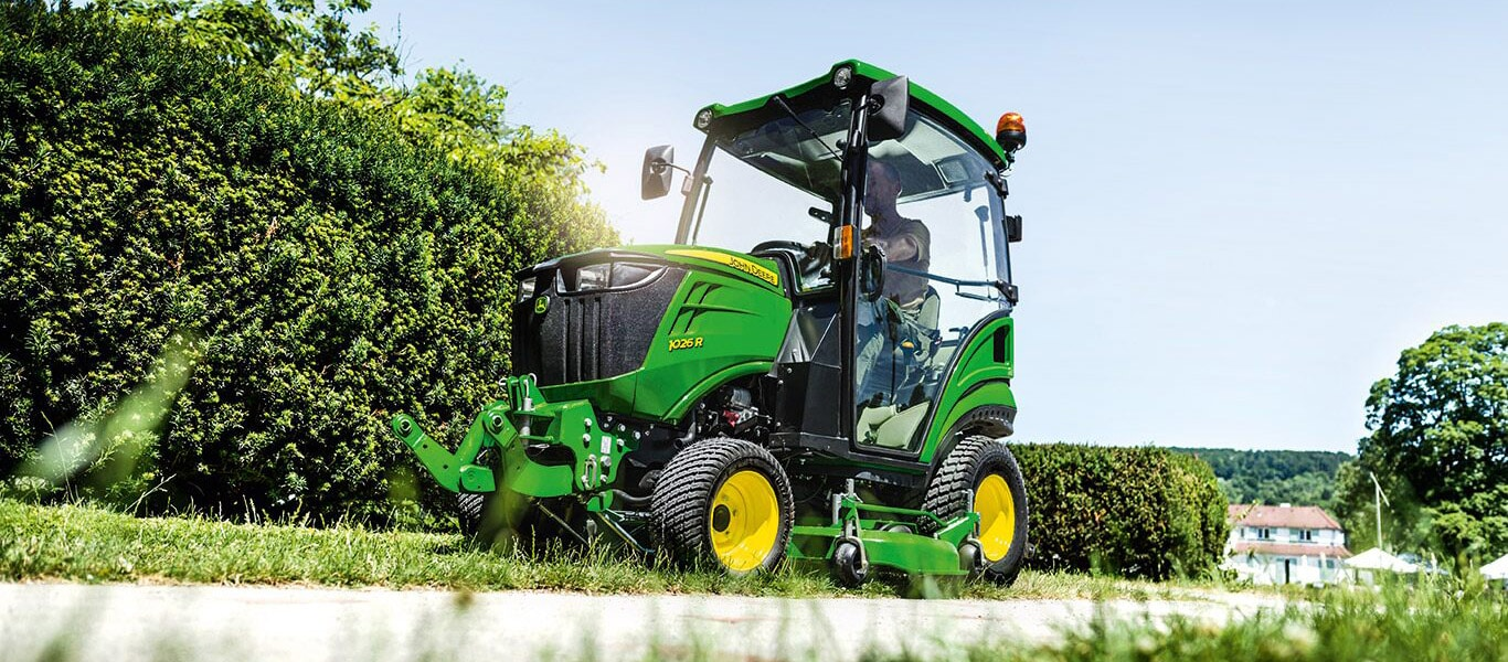 1 Series, 1026R, Compact Utility Tractors