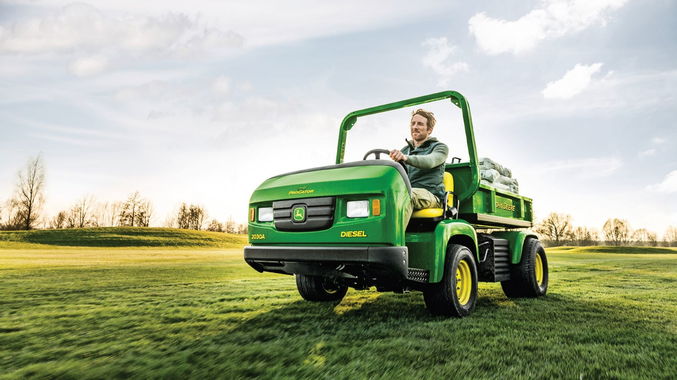 gator utility vehicles john deere uk ie. Black Bedroom Furniture Sets. Home Design Ideas