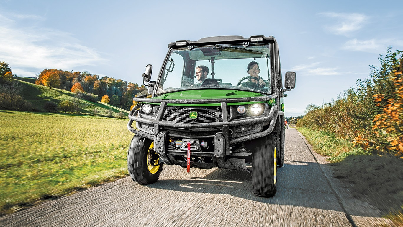 Gator Utility Vehicles, XUV865M, Road Ready