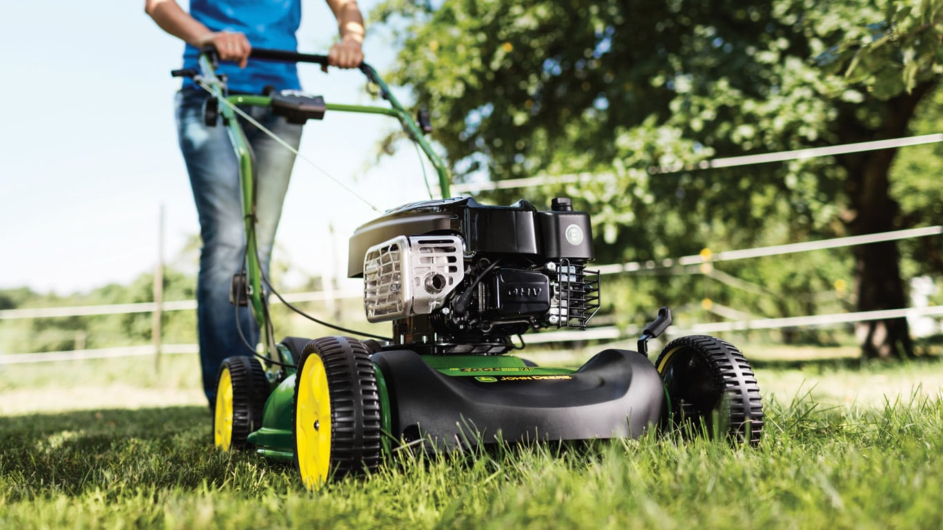 The JS63V is a dedicated mulching machine which delivers a premium cut  without the need to manually dispose of clippings. The highly effective  mulching ...