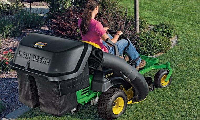 Easily convert any ZTrak mower into a collection machine by adding an optional collection system